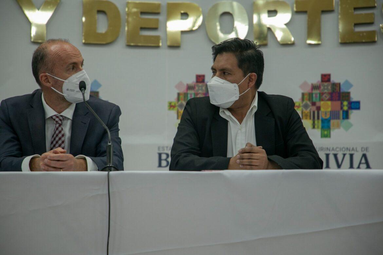 BOLIVIA AGRADECE APOYO DE MECANISMO COVAX Y ASEGURA CONTAR CON DOSIS SUFICIENTES PARA INMUNIZAR A SU POBLACIÓN